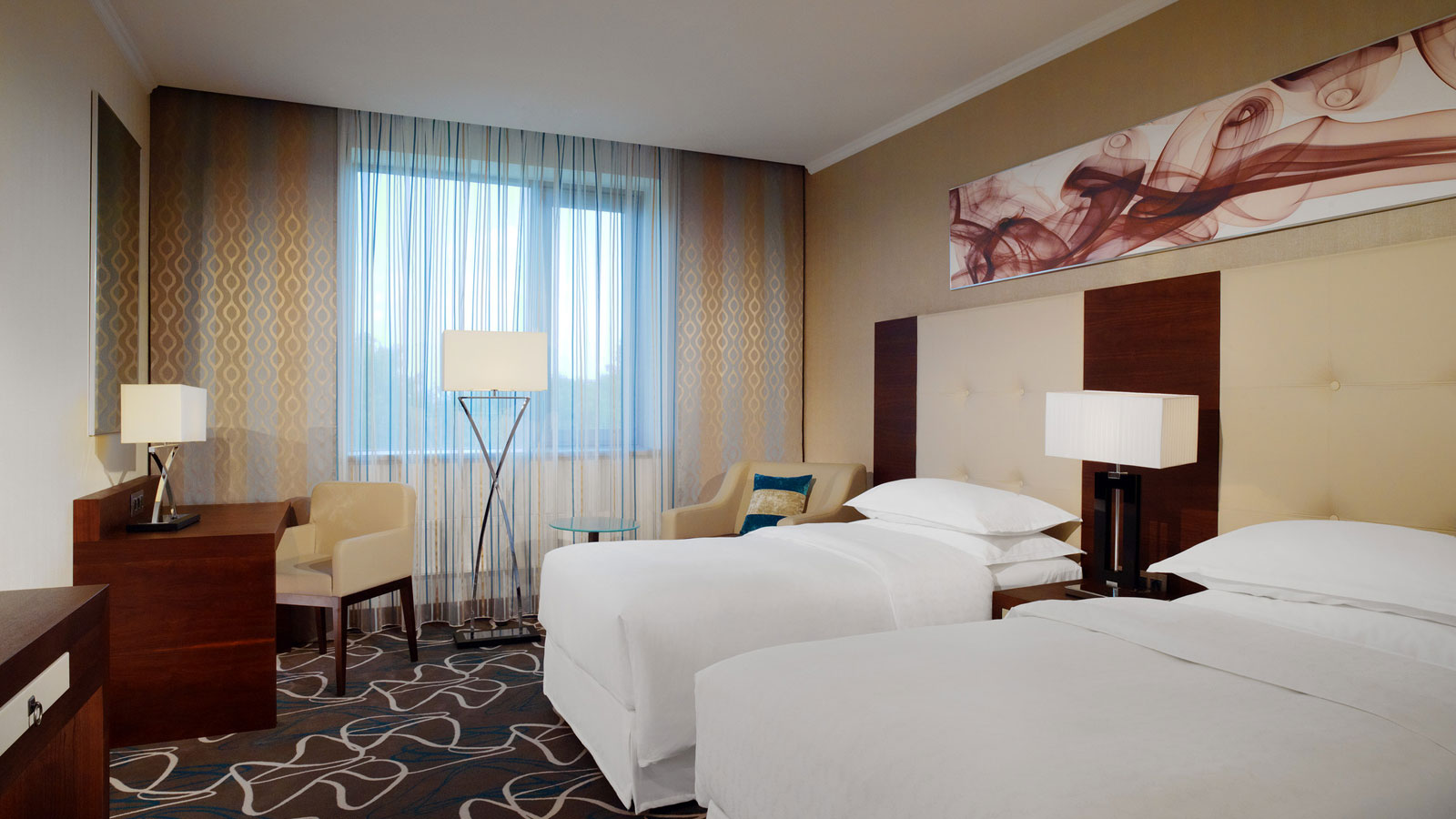 Classic twin room with Sheraton Signature Sleep Experience beds for a comfortable stay at Sheraton Moscow Sheremetyevo