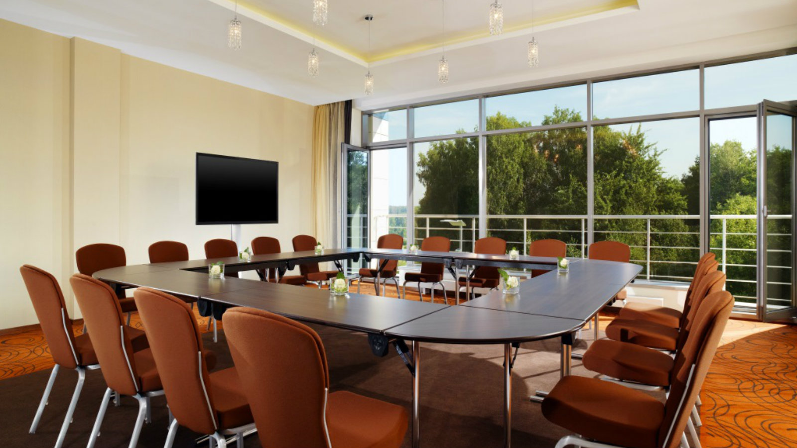 Conference room Davos with panoramic windows and balcony at Sheraton Moscow Sheremetyevo