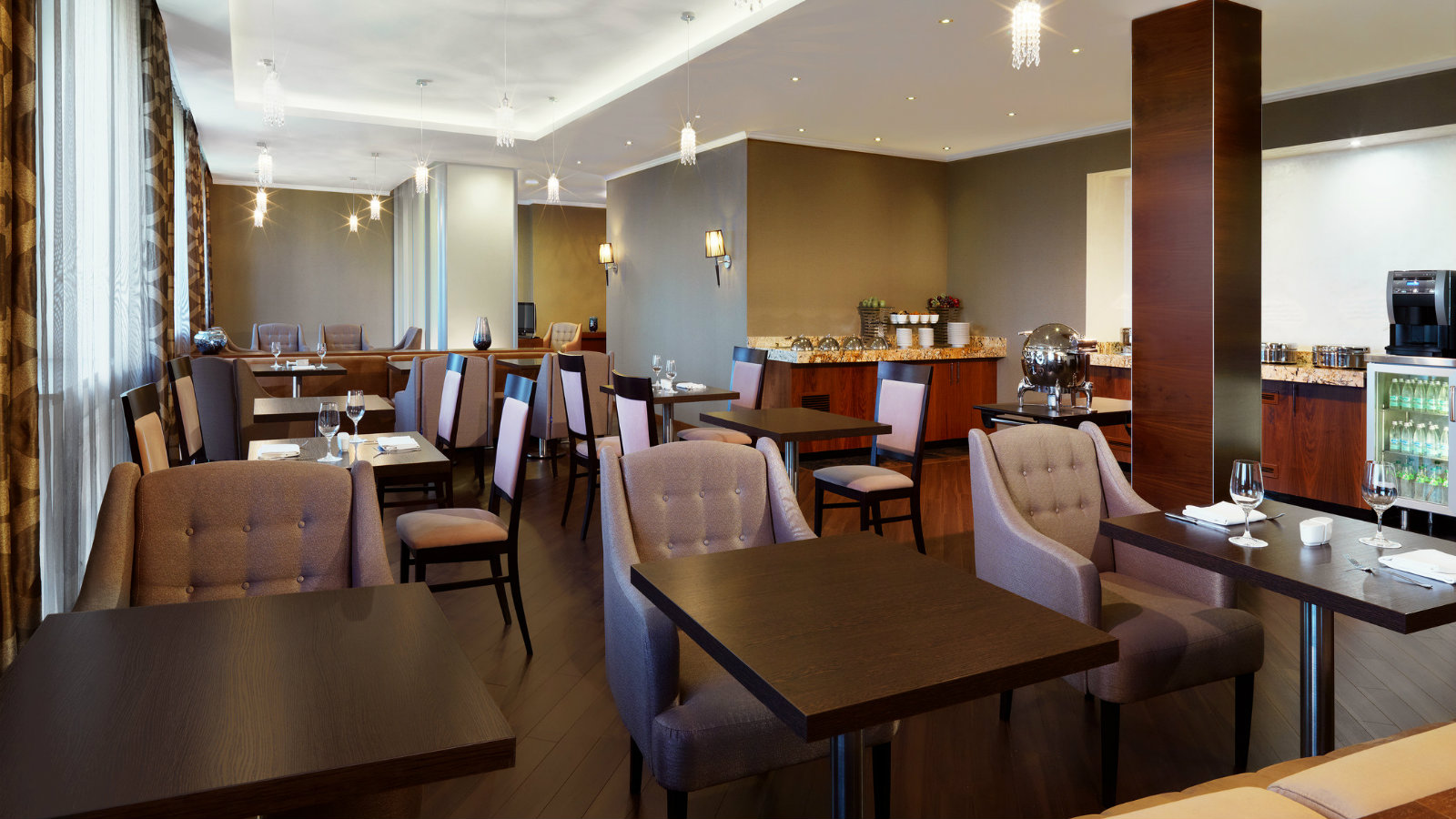 Exclusive Sheraton Club lounge at Sheraton Moscow Sheremetyevo