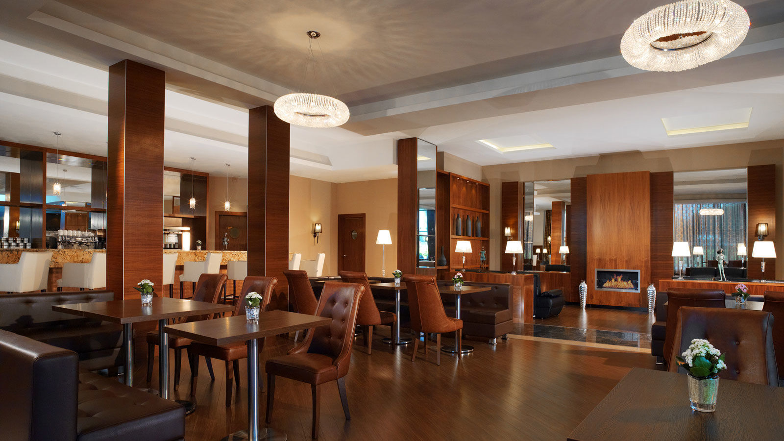 The Lobby bar with fireplace at Sheraton Moscow Sheremetyevo
