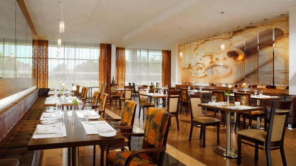 Restaurant Kitchen All Day dining options - sheraton moscow sheremetyevo airport hotel